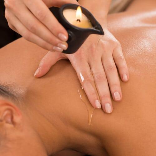 Kerze für die Ganzkörper-Massage