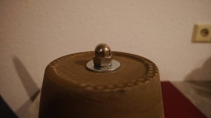 die letzten arbeitsschritte beim beu eines kerzenofens-2.JPG