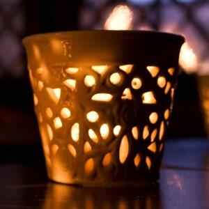 Einzigartige Kerzenhalter mit Muster