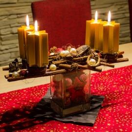 Ständer für Adventskranz zur Weihnachtszeit