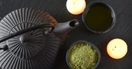 Teestövchen im japanischen Design aus schwarzem Porzellan